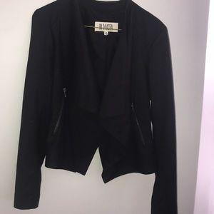 Sz 4 black blazer EUC